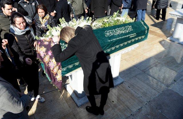 Saffet Sancaklı'nın eşi Hülya Sancaklı son yolculuğuna uğurlandı