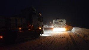 Ağrı-Erzurum karayolu tipi nedeniyle ulaşıma kapandı