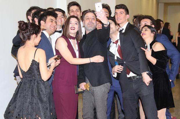 Ödül selfie'si