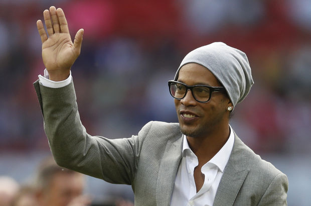Ronaldinho Barcelona elçi