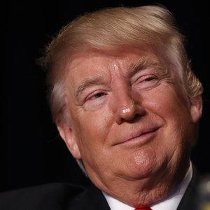 Donald Trump'tan İran'a tehdit gibi açıklama