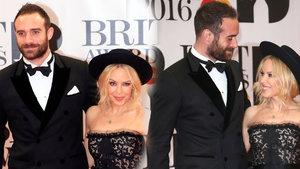 Ünlü şarkıcı Kylie Minogue yine terk edildi