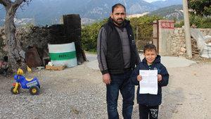 8 yaşındaki Ali Gebeş'e, ilaç firması tarafından icra tebligatı gönderildi