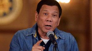 Filipinler Başkanı Rodrigo Duterte komünist isyancılarla ateşkesi bitirdi