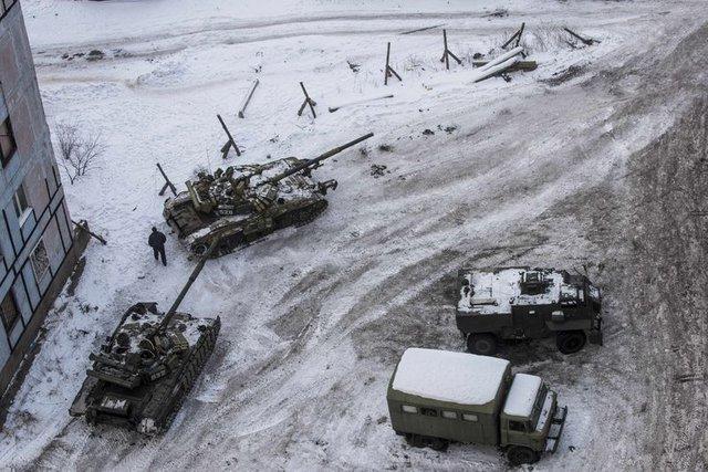 'Unutulmuş Savaş' kendini hatırlattı, sokaklar tanklara kaldı!