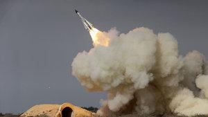 İran'dan çok sert açıklama: Füzelerimizi kafalarında patlatırız