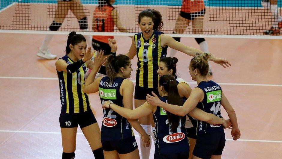 Eczacıbaşı VitrA: 2 - Fenerbahçe: 3