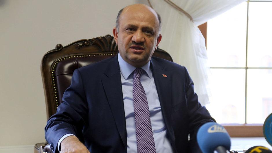 Fikri Işık Yunanistan Türkiye Kardak