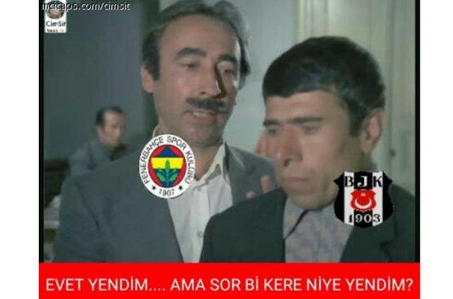 Beşiktaş - Fenerbahçe derbi capsleri...