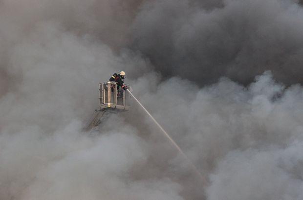 Ataşehir'de doğrama atölyesinde yangın çıktı