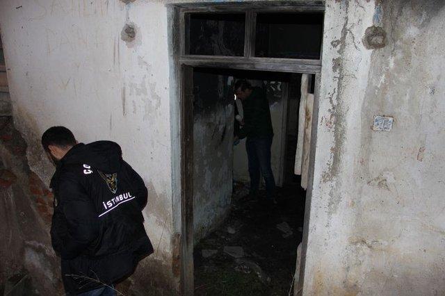 İstanbul'da Narkotim ekiplerinden okul çevresinde denetim