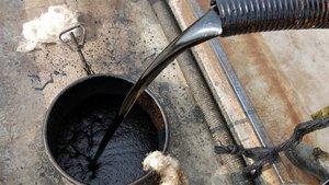 Brent petrol 57 doların altında dengelendi