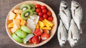 Unutkanlığa karşı meyve salatası ve balık!