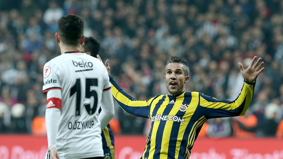 Metin Albayrak Beşiktaş Fenerbahçe Robin van Persie