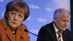Çanlar Merkel için çalıyor! Kamuoyu anketinden Şansölye'ye şok çıktı!