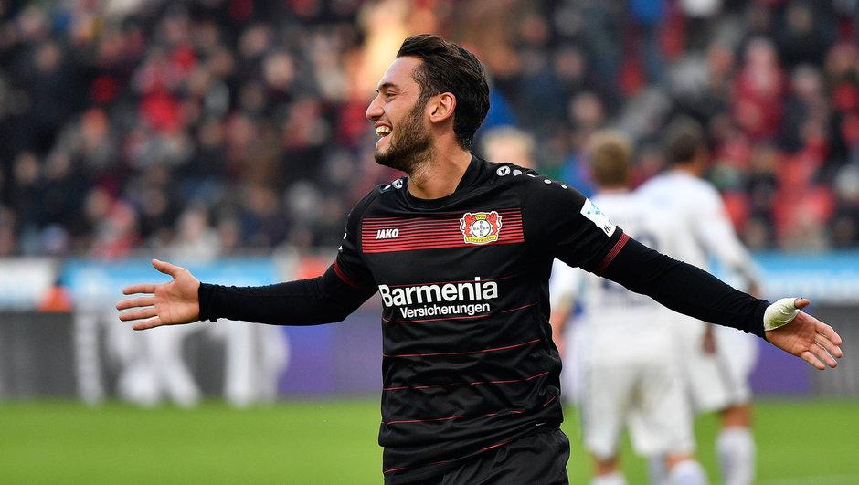 Hakan Çalhanoğlu Bayer Leverkusen