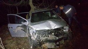 Samsun'da otomobil şarampole yuvarlandı: 1 ölü, 2 yaralı