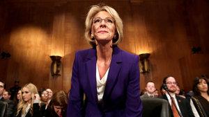 Donald Trump'ın Eğitim Bakanı adayına onay çıktı