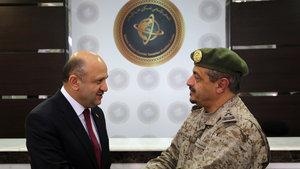 Milli Savunma Bakanı Fikri Işık Suudi Arabistan'da