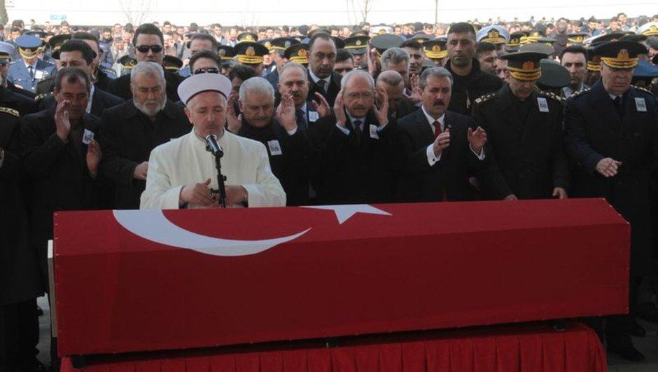 Kayseri el bab DEAŞ Fırat Kalkanı binali yıldırım