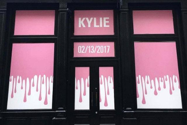 Kylie Jenner'ın açılış heyecanı