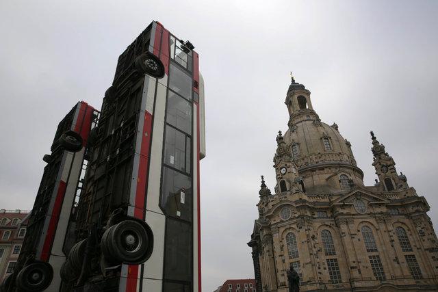 Almanya, Suriye için dikilen anıtı tartışıyor!