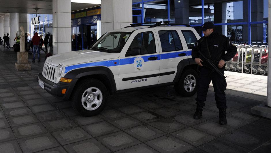 Yunanistan'a kaçak giren 6 Türk yakalandı