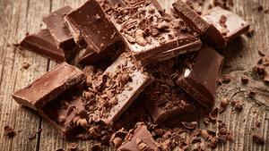 Dev firma çikolata yiyenlere para verecek!
