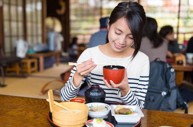 Japon tarzı beslenme ömür uzatıyor!