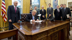 8 ülke Trump'ın kararına karşı birleşti!