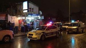 Antalya'da soyguncular market sahibini vurdu