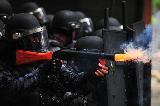 Brezilya'da sular durulmuyor! Polisle çatıştılar, çok sayıda yaralı var...