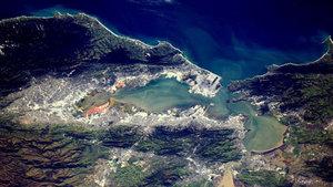 Dünya uzaydan böyle görünüyor!