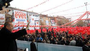 İşte AK Parti'nin referandum şarkısı 'Tabii ki Evet'