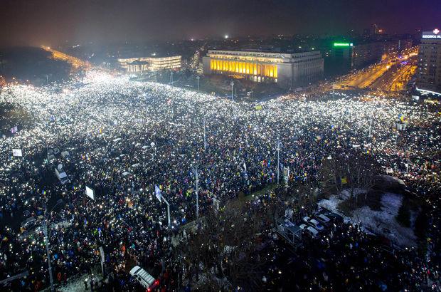 Arap Baharı'ndan sonra Balkan Baharı mı geliyor?