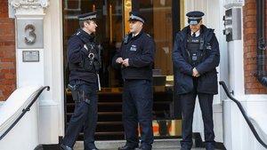 İsveç'te bir villada üç kişinin cesedi bulundu