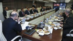 Türkiye genelinde 80 bin personelle 'huzur operasyonu'