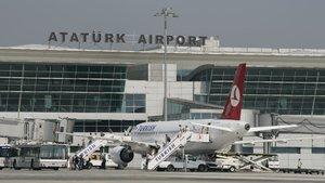 """""""İstanbul yeni havalimanının da mutlaka bir yedek meydanı olması lazım"""""""