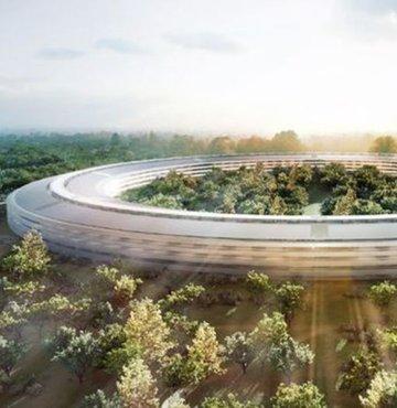 Apple mühendisleri yeni genel merkez binasının inşası sırasında delirtmeyi başardı. Şirketin mükemmeliyetçi tavrı inşaatın planlanandan uzun olmasına neden oluyor.