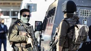 Tunceli'de teröristlerle sıcak temas