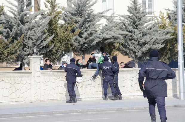 Atiker Konyaspor - Antalyaspor polis yaralandı