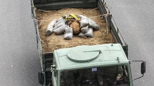 Yunanistan'da alarma sebep olan o bomba etkisiz hale getirildi