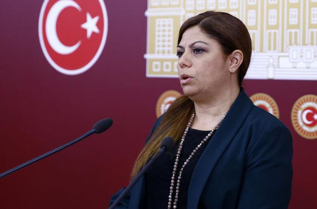 Anayasa değişikliği konulu panelin iptali protesto edildi