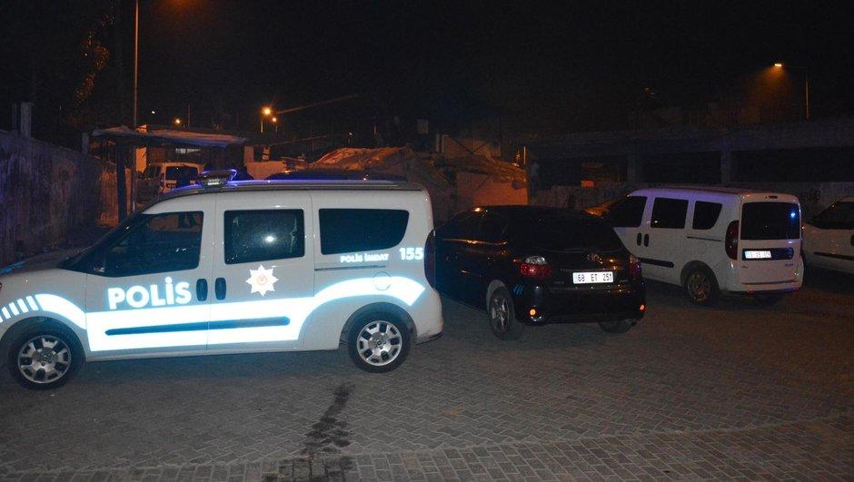 Uyuşturucu operasyonunda polis saldırı: 2 polis yaralı