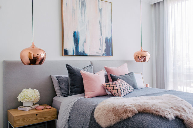 35 farkl gri yatak odas dekorasyonu ya am g ncel haberler. Black Bedroom Furniture Sets. Home Design Ideas