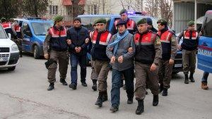 FETÖ'den ihraç edilen bakanlık çalışanları Yunanistan'a kaçmak isterken yakalandı