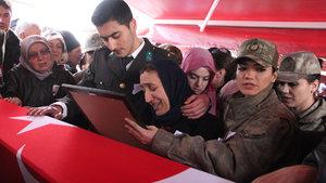 Şehit Furkan Yayla Giresun'da son yolculuğuna uğurlandı