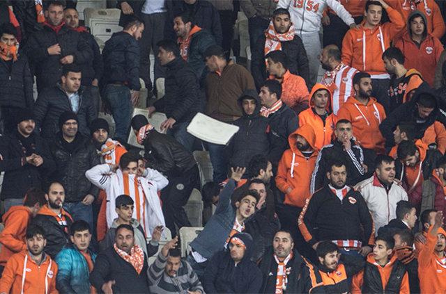 Gaziantepspor - Adanaspor maçında tekme tokat kavga!