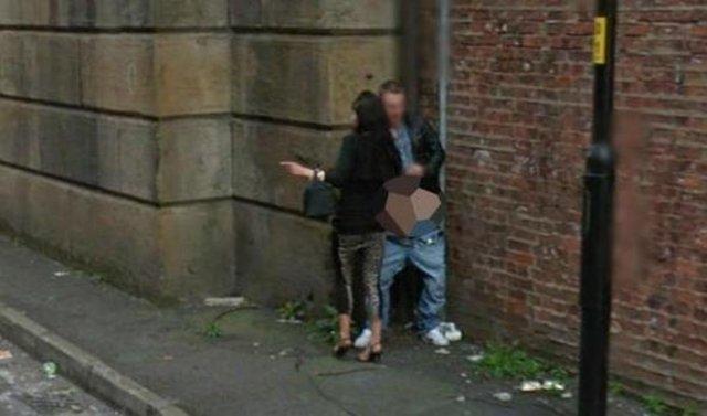 Google kameralarına yakalanan tuhaf insanlar