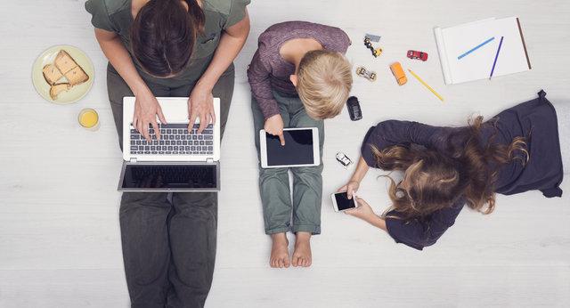Çocuğun internet bağımlılığı anne ve babaların suçu mu?